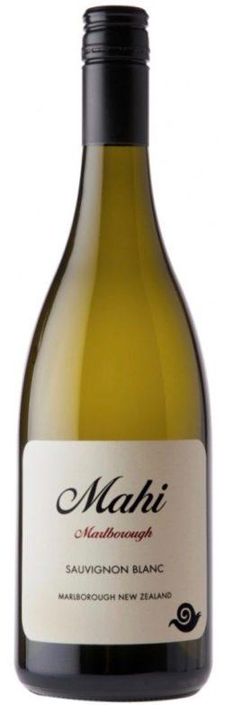 mahi sauvignon blanc 2 250x781 - Mahi Sauvignon Blanc 2018